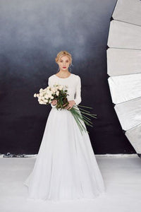 Scoop Neck Court Train Lace Wedding Dress with Long Sleeves