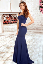 Trumpet/Mermaid Square Neckline Sweep Train Long Evening Dress