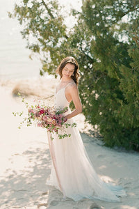 A-Line/Princess V-neck Spaghetti Straps Beach Wedding Dress