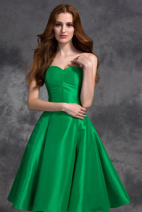 A-line/Princess Sweetheart Knee-length Satin Cocktail Dresses