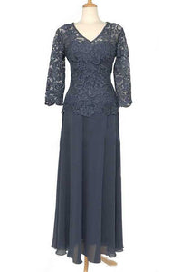 A-Line/Princess Floor-Length Lace Long Sleeves V-neck Mother of the Bride Dresses