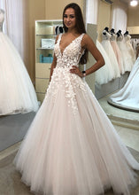 Sweep Train Tulle Appliques Lace   V-neck Wedding Dresses