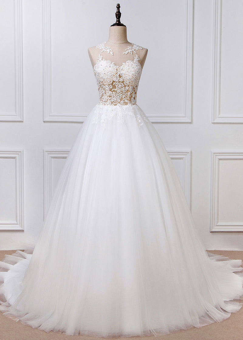 Tulle Sleeveless Appliques Lace Wedding Dresses