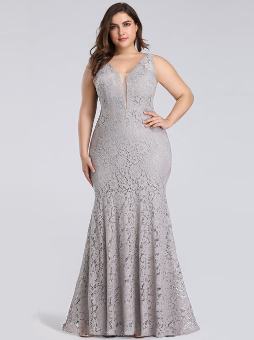 Trumpet/Mermaid Lace V-neck Plus Size Prom Dresses