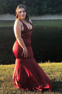 Burgundy Sleeveless Lace Plus Size Prom Dresses