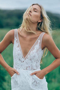 Lace V-neck Sweep Train Boho Wedding Dress