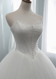 A-Line/Princess Tulle Sweetheart Wedding Dresses