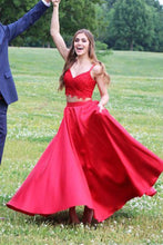 Lace A-Line/Princess V-neck Red Satin Prom Dresses