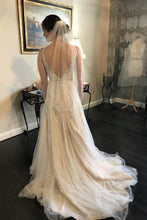 A-Line/Princess Sleeveless Tulle Lace Wedding Dress