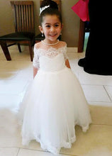Sweep Train Off-the-Shoulder Tulle Flower Girl Dresses
