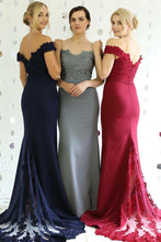 A-Line/Princess Sweep Train Appliques Lace Bridesmaids Dresses