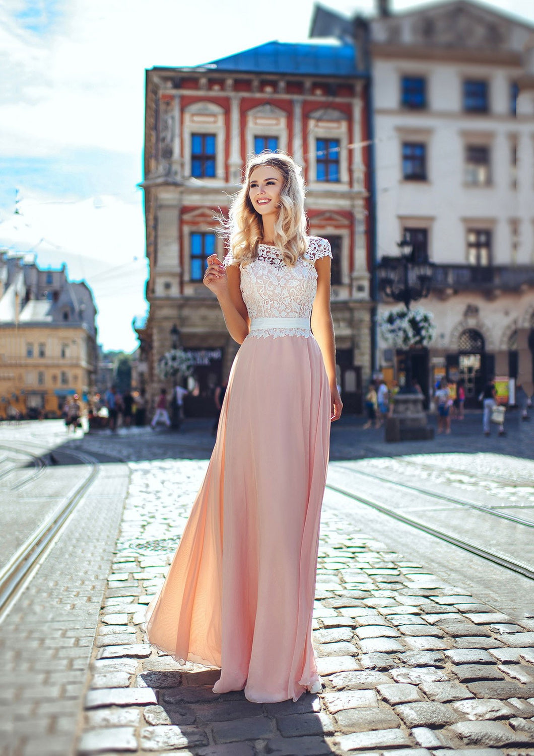 Chiffon Lace Scoop Neck A-Line/Princess Prom Dresses