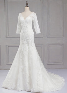Sweep Train V-neck 3/4 Sleeves Lace Wedding Dresses