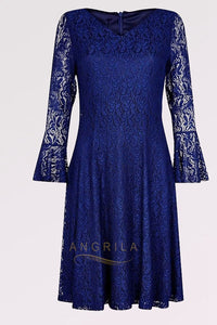 Sheath/Column Knee-Length Lace Mother of the Bride Dress with Long Sleeves