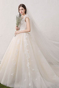 V-Neck Applique Lace Flowers Champagne Tulle Princess Wedding Dresses