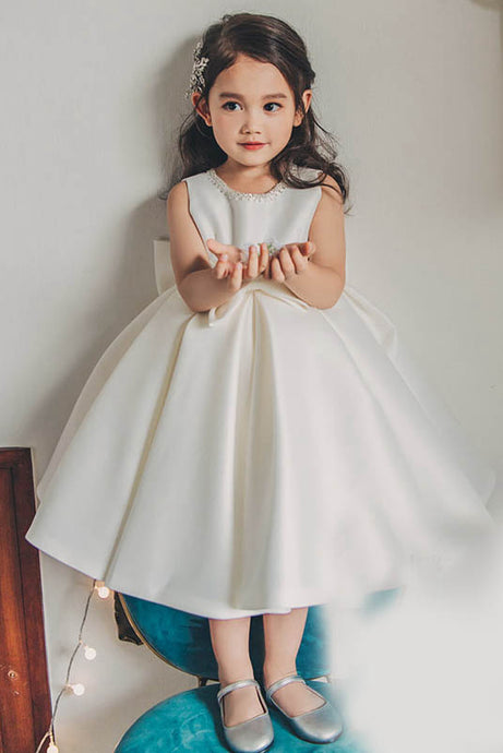 A-Line/Princess Ball Gown Jewel Satin Flower Girl Dresses With Bows