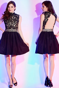Black A-line Halter Lace Appliques Beading Short Cocktail Dresses