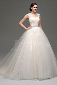 Ball-Gown/Princess Scoop Neck Floor Length Chiffon Wedding Dress With Beading Sequins