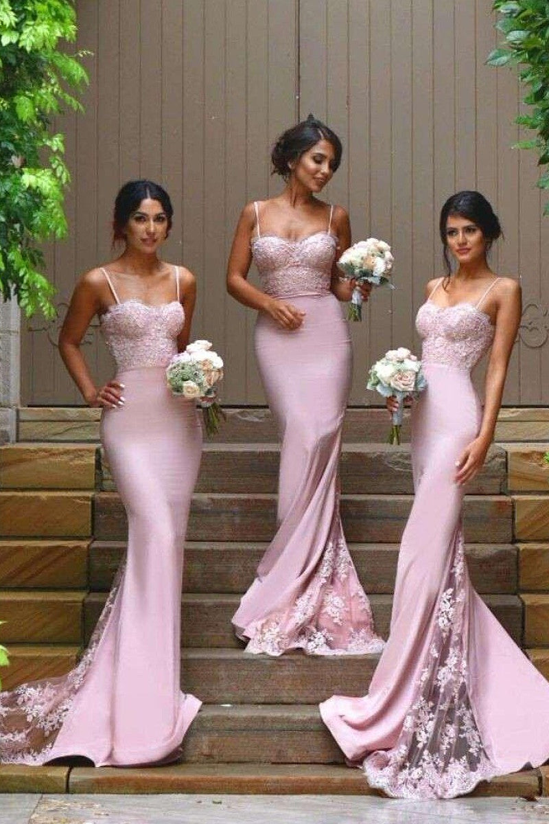 Vogue Trumpet/Mermaid Spaghetti Straps Lace Appliques Long Bridesmaid Dresses