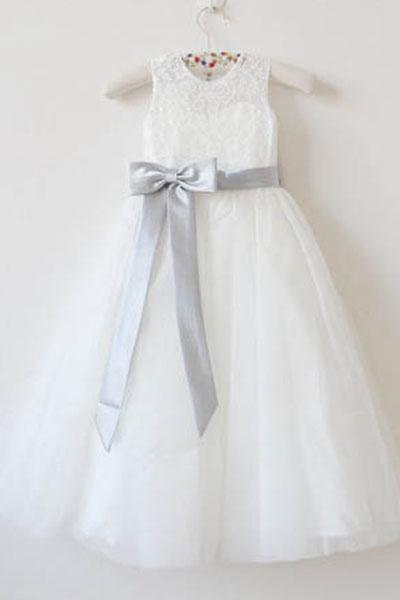 A-line Scoop Lace and Tulle Flower Girl Dresses with Bow(s)