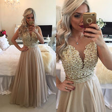 Enchanting A-line Sleeveless Lace Appliques Beading Long Prom Dresses