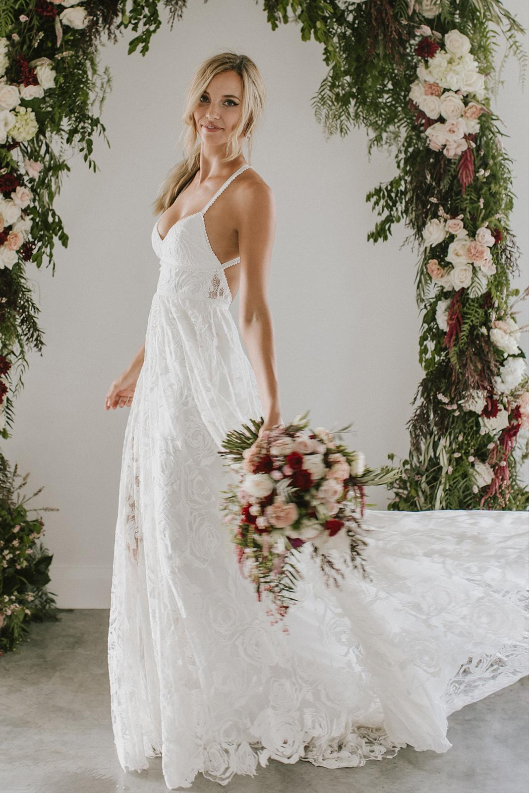 Stunning A Line Spaghetti Straps Split Lace Long Beach Wedding Dresses