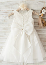Sleeveless A-Line/Princess Knee-Length Flower Girl Dress With Bow(s)