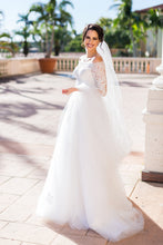Lace 3/4 Sleeved Bridal Dress