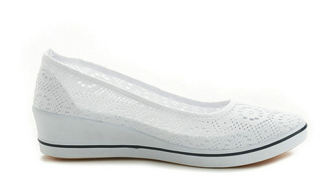 White slip on canvas mesh fabric shoes