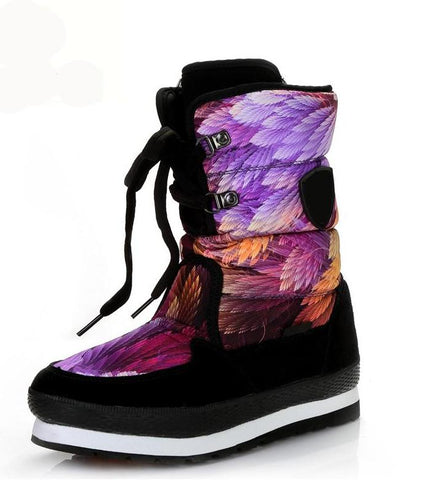 Waterproof winter faux fur lined snow boots with feather design