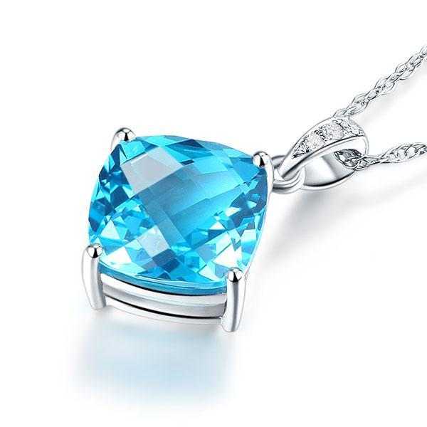 White Gold  2.5 Ct Oval Swiss Blue Topaz, 0.26 CT Pendent Necklace