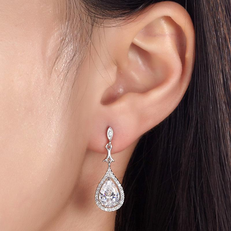 DBE Jewels, Pear Cut, Tear Drop, 2 carat, elegant, Nice, Bridal