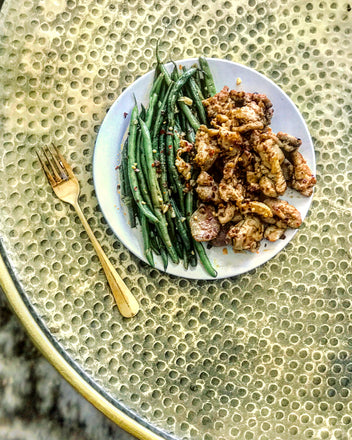 HAWT 🌶LEMON BUTTER GARLIC COLLAGEN CHICKEN w. Haricot Vert (aka-fancy #greenbeens)