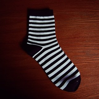 Men's Black and White Classic Luxury Socks