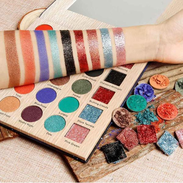 Flawless Ultra Pro Glitter Eyeshadow Palette