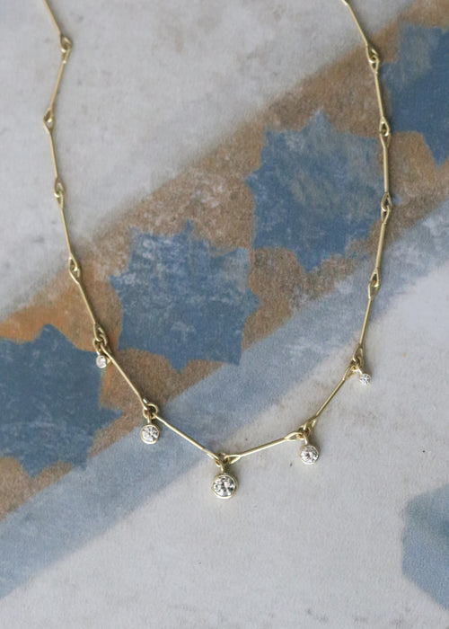 Lantern Necklace - 5 Diamonds