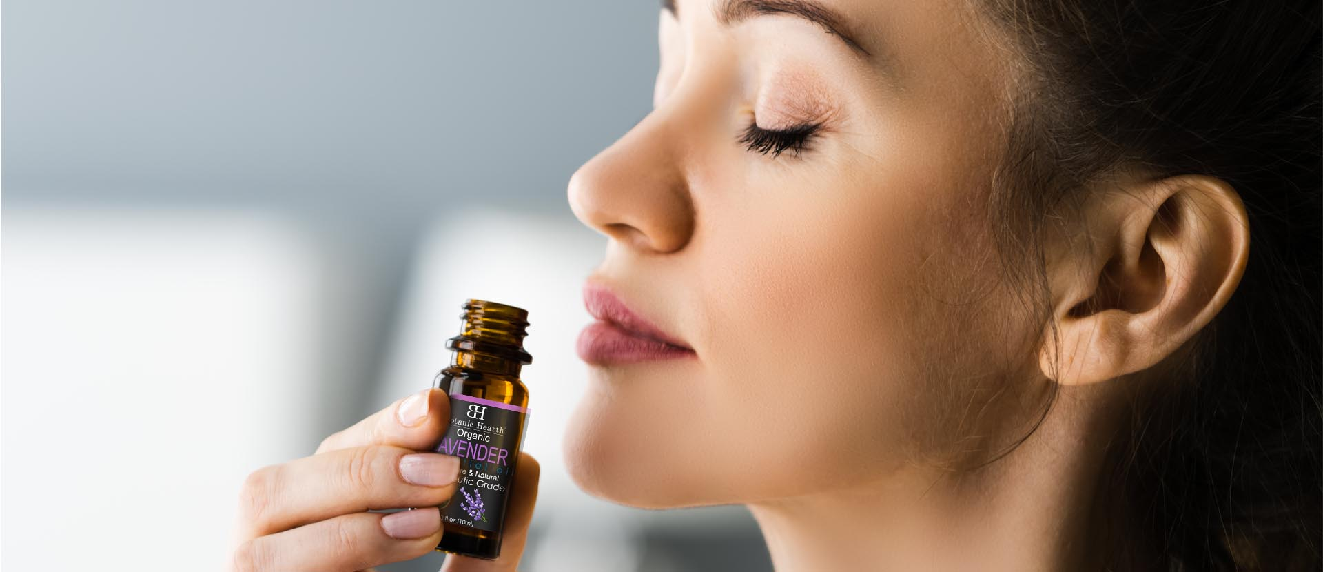 Essential-Oils-Aromatherapy-for-Relaxation-and-Stress-Relief-1