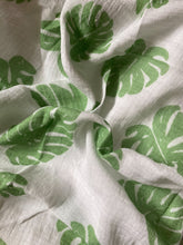 Monstera Swaddle