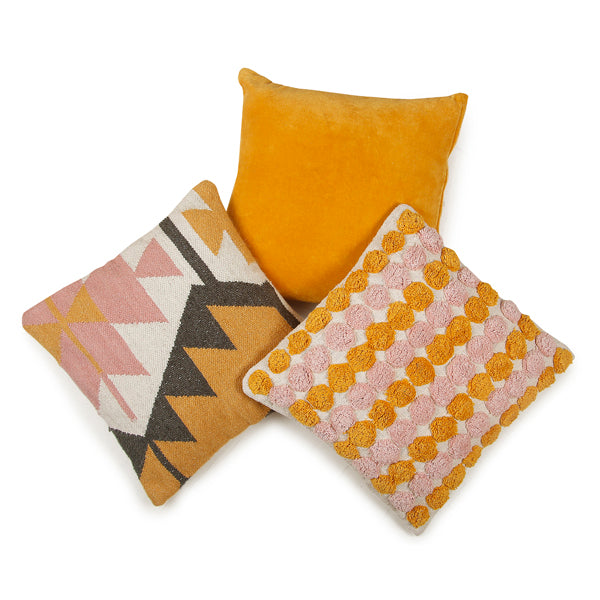 Desert Kilim Geometric Pillow, Blush - 18x18 inch