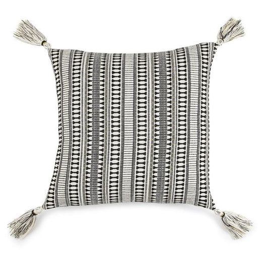 Etoie Accent Cushion -18 x 18 Inches Cushion - The Artisen
