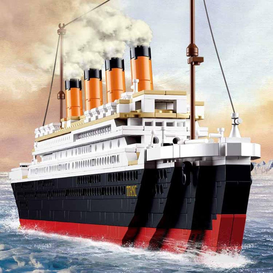 Titanic Building Block Kit 1021 Pieces Bricks