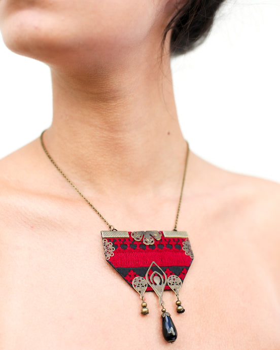 Black and red hand-embroidered necklace