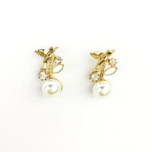Fun Enamel Earrings - Bird With Pearl