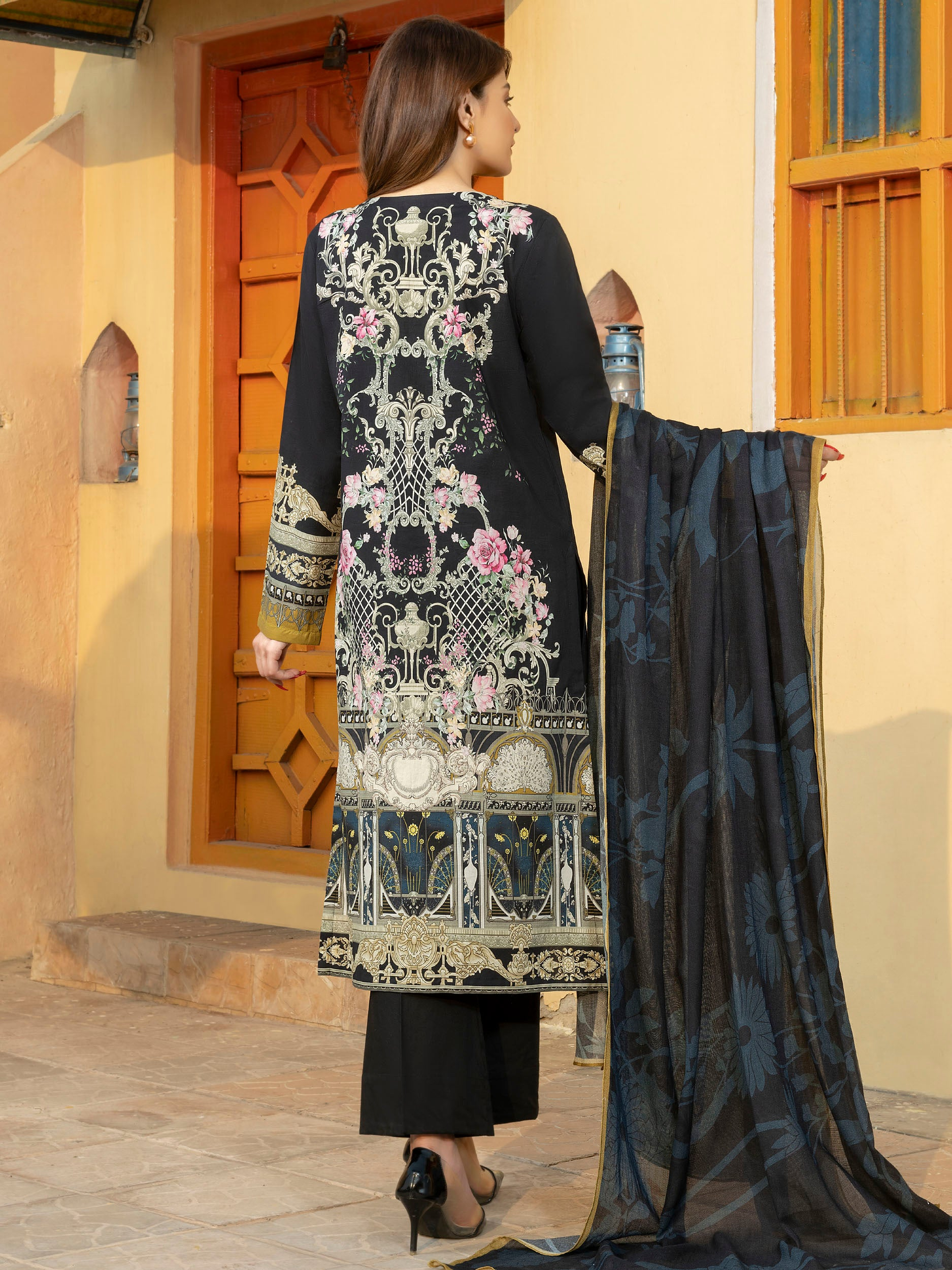 limelight winter collection volume 2 design of 2019, winter dresses in pakistan 2020, ladies dresses design of 2020, limelight winter collection design of 2020, limelight winter collection volume 2 design of 2020
