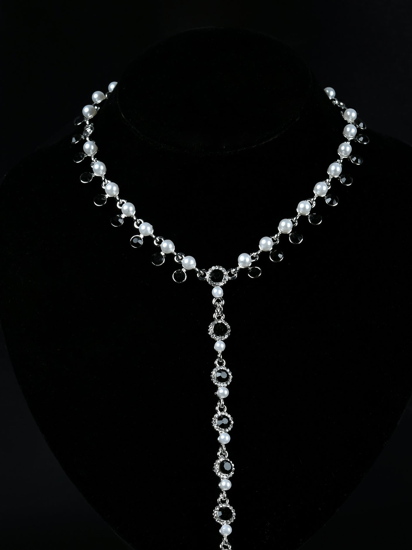 Rhinestone Pearl Necklace
