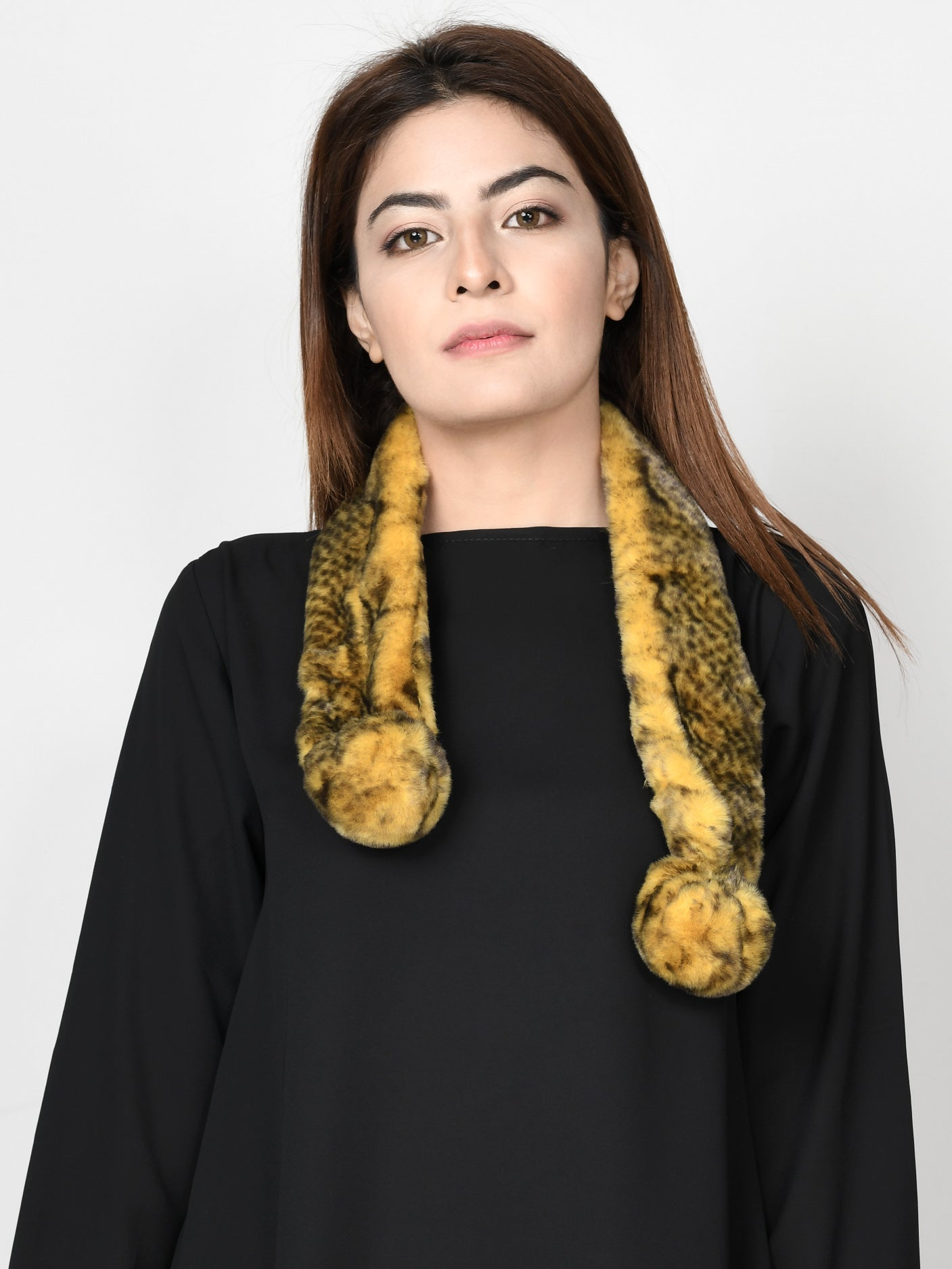 Patterned Fur Muffler