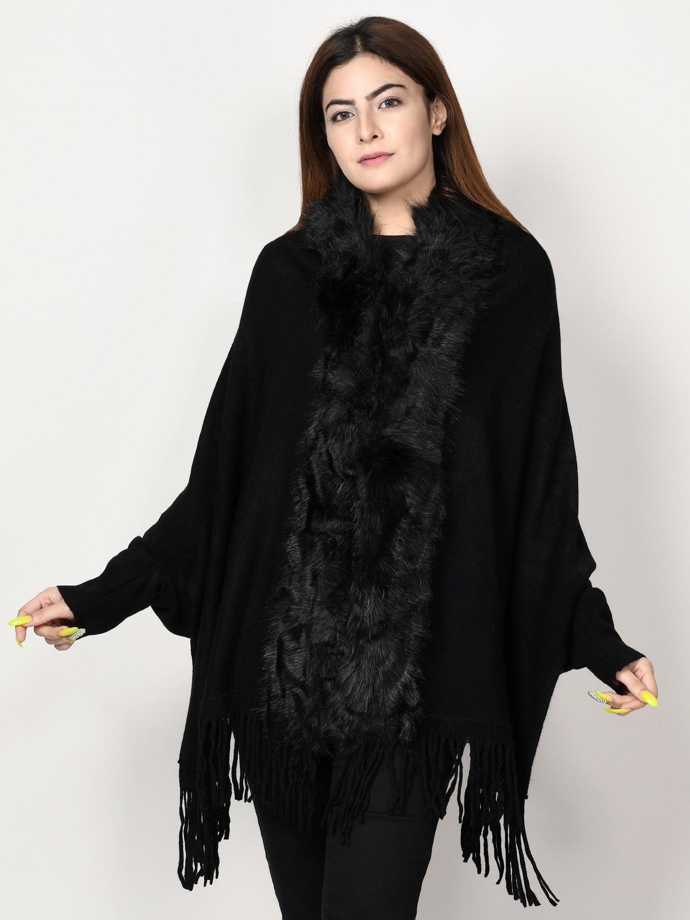 Limelight Online Shimmery Fur Poncho CPS71-FRE-BLK