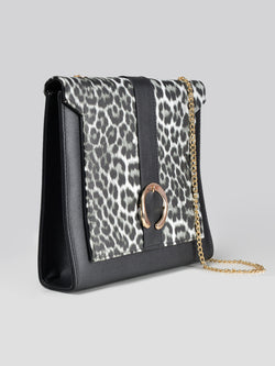 Cheetah Printed Handbag