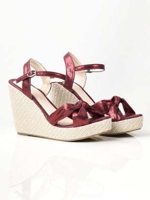Shiny Knotted Wedges - Maroon