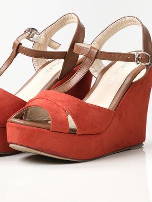 Suede Wedges - Light Red